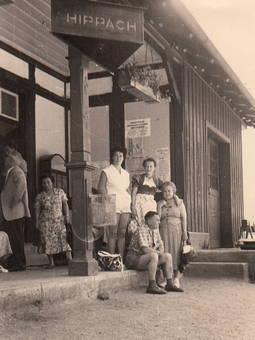 Am Bahnhof in Hippach