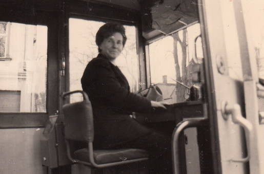 Straßenbahnführerin