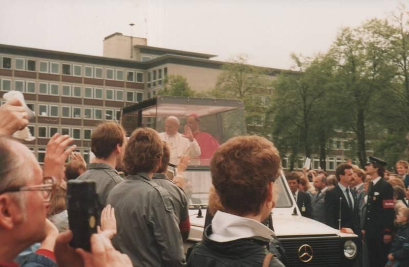 II., Johannes-Paul, Kamera, Liesborn, mercedes, Mercedes G-Klasse, münster, papamobil, Papst