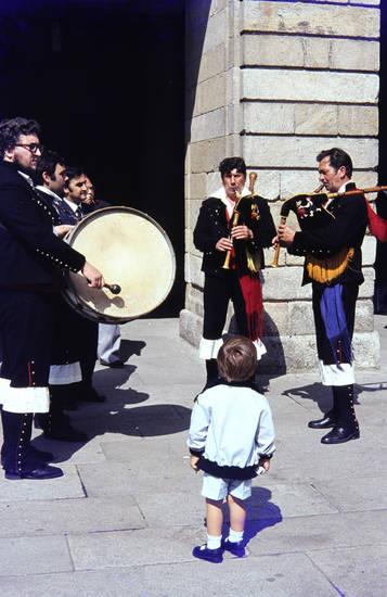 Dudelsack, ferien, kind, Kindheit, mode, musik, santiago de compostela, Spanien, trommel, urlaub