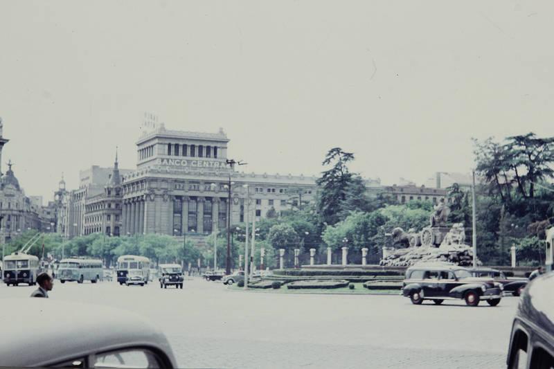 auto, Banco central, Brunnen, Fuente de Cibeles, gebäude, KFZ, Madrid, PKW, Platz, Plaza de Cibeles