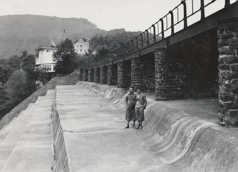 1934, euskirchen, kaskaden, Kreis, lederhose, seehof, staumauer, Überlauf, Urft, Urftsee, Urftseesperrmauer, Urftseestaumauer, Urftstausee