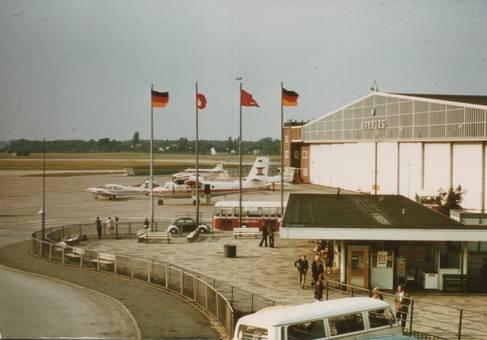 Am Flughafen in Hamburg
