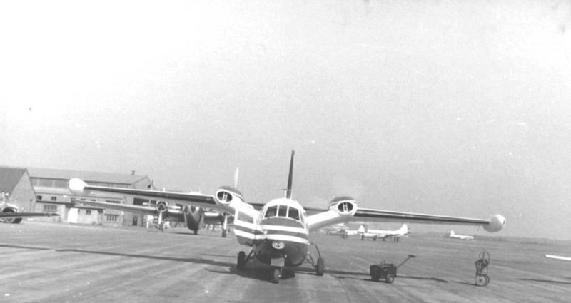 Druckpropeller, flieger, flugzeug, Hangar, köln, Landebahn, rollfeld