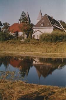 Kloster am Fluss