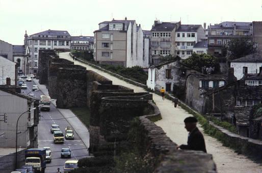 Spaziergang auf der Stadtmauer
