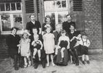 Gruppenbild mit Oma