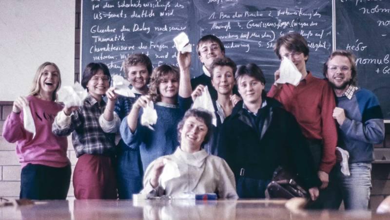 abi, abitur, abschlussfoto, gesamtschule süd, großenbaum, Klasse, Lehrerin, tafel