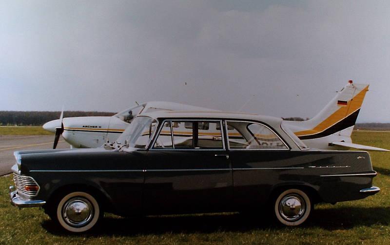 auto, faltdach, flugzeug, KFZ, Opel, opel rekord p2, PKW, weißwandreifen
