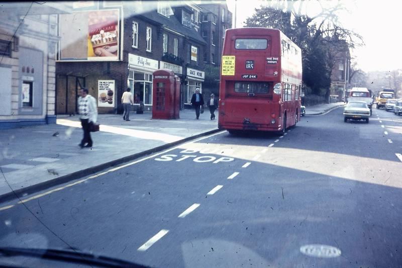 bus, busline, KFZ, Linksverkehr, london, stadt, Stop, Telefonzelle