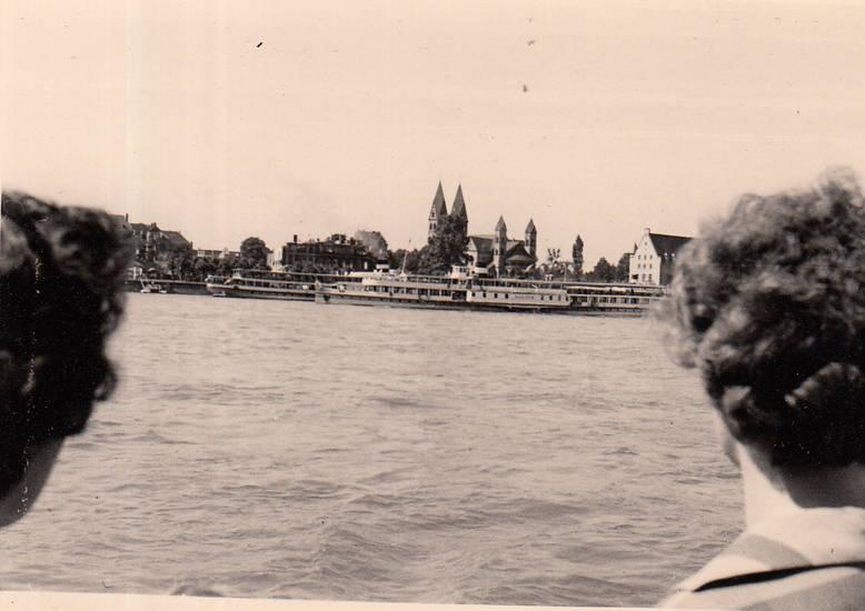 fluss, kirche, Koblenz, Rhein, Rheinufer, schiff, Schifffahrt, Ufer