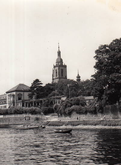 eltville, fluss, Hessen, kirche, Pfarrkirche, Pfarrkirche Sankt Peter und Paul, Rhein, Ufer, uhr