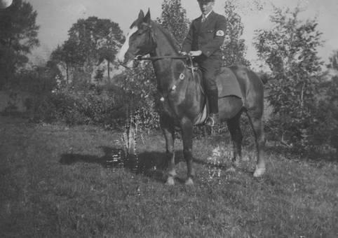 Soldat auf Pferd