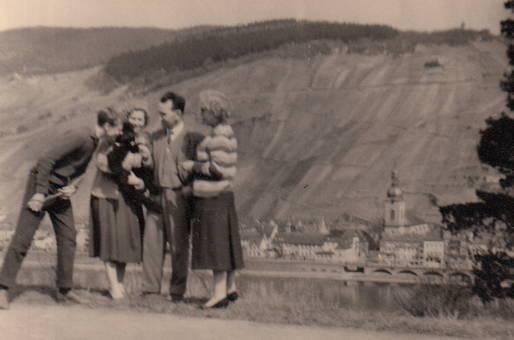 Gruppenbild an der Mosel
