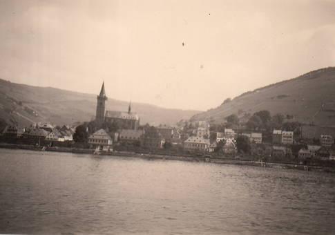 Städtchen am Rhein
