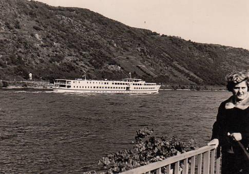 Schiffchen auf dem Rhein