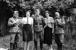 Frauen und Soldaten