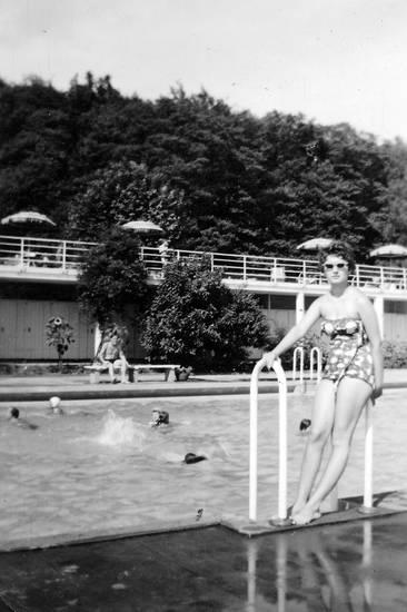 bademode, freibad, mode, Schwimmen, Sommer, sonnenbrille, Sonnenschirm
