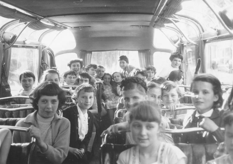 bus, busfahrt, frisur, Kindheit, Klassenfahrt, lächeln