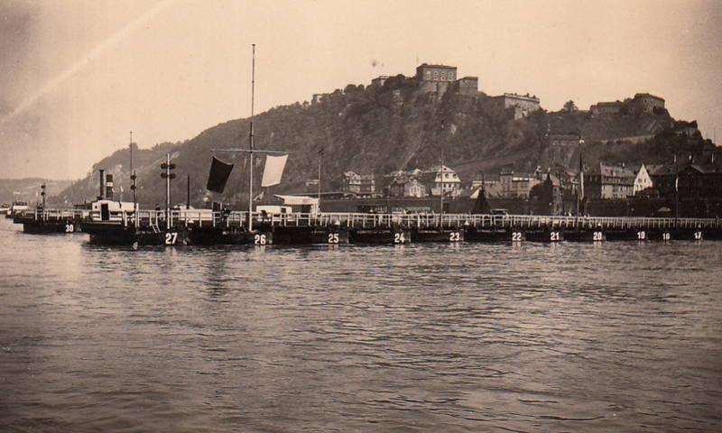Anlegestelle, Festung Ehrenbreitstein, fluss, Koblenz, Rhein, Rheinufer, Schiffbrücke