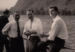 Männer auf dem Rhein