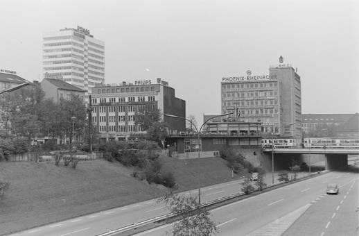 Duisburg mit Gläsernen Hut