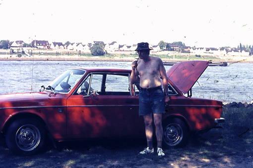 Am Rhein mit Volvo