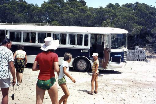 Bus am Strand