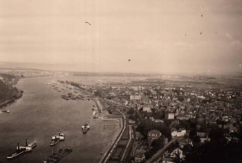 Andernach, fluss, Rhein, Rheinanlagen, Rheinland-Pfalz, Runder-Turm, Seitenraddampfer, turm