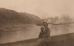Mit Mama am Rhein