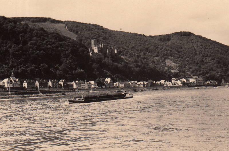 Frachter, Frachtkahn, Kapellen-Stolzenfels, Koblenz, Rhein, schiff, Schloss, Schloss-Stolzenfels