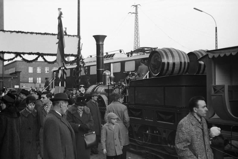 125 Jahre erste westdeutsche Eisenbahn Düsseldorf - Erkrath, Adler, Düsseldorf, Düsseldorf Hbf, Eisenbahnausstellung, erkrath, lokomotive