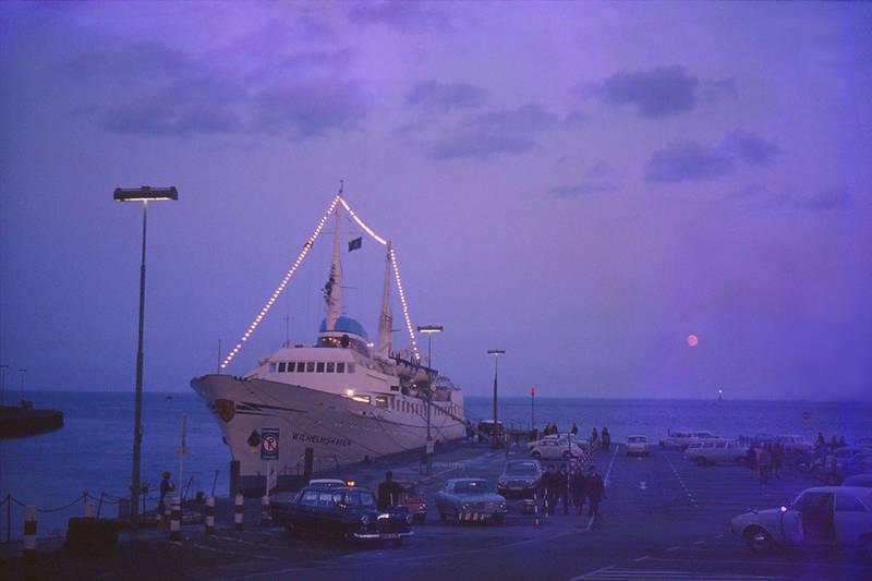 1967, Hafen, helgoland, KFZ, Mercedes-Benz, PKW, schiff, taxi, VW Käfer, wilhelmshaven