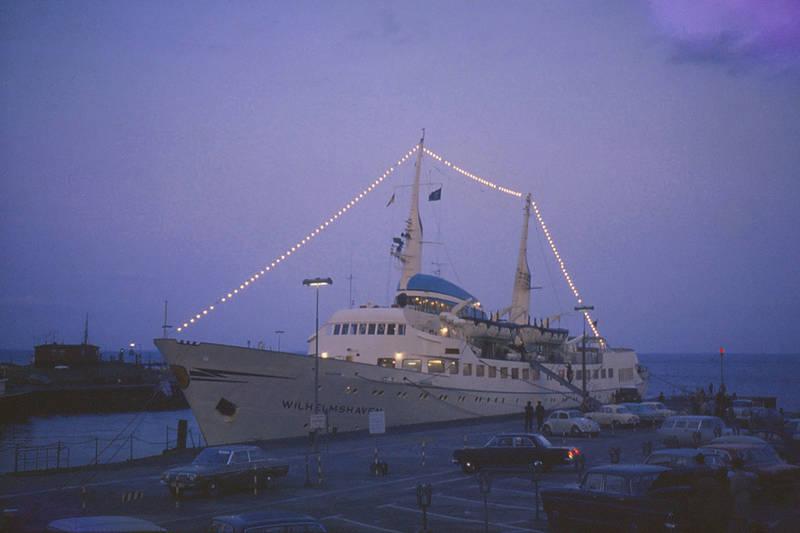 1967, auto, Hafen, hafenstadt, helgoland, KFZ, PKW, schiff, wilhelmshaven