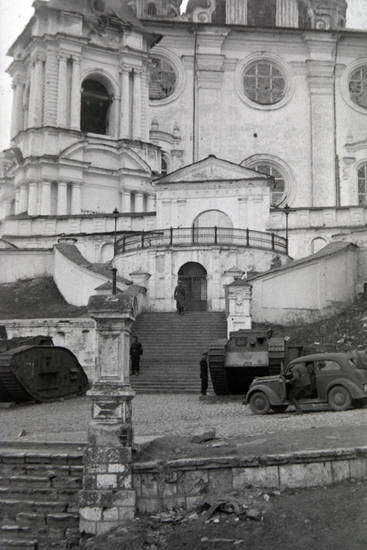auto, Kathedrale, KFZ, ostfront, PKW, Russlandfeldzug