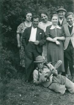 """Gruppenfoto mit """"Musik"""""""