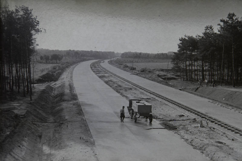 auto, autobahn, Bau, BAuarbeiten, Baustelle, Düsseldorf, Garath, KFZ, PKW, Reichsautobahn
