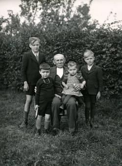 Stolzer Großvater