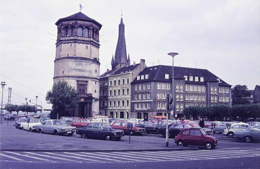 Parkplatz am Burgplatz