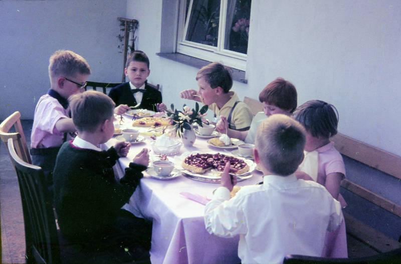 essen, Innenhof, Kakao, Kindheit, kuchen, Sahne