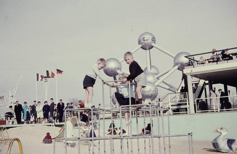 Atomium, belgien, Brüssel, ferien, Kindheit, Klettergerüst, reise, urlaub