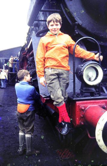 bahn, Kindheit, kniebundlederhose, lederhose, Lok, lokomotive, zug