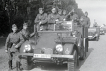 Soldaten am Lastwagen