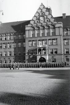 Appell auf dem Rathausplatz