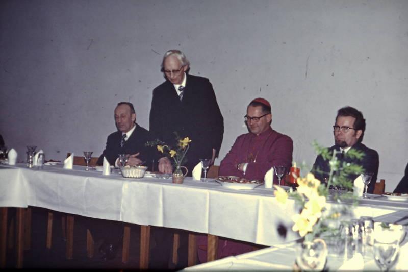 Banquett, bischof, Bischofsbesuch, Nordhues, paul, tisch, Weihbischof