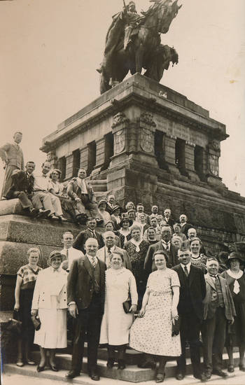 Deutsches Eck, Gruppenbild, Kaiser-Wilhelm-Denkmal, Reiterstatue