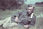 Soldat im Gras