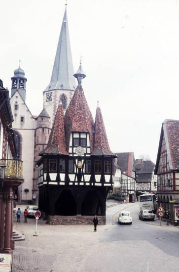 fachwerk, Fachwerkhaus, Historisches Rathaus, kirche, Michelstadt, Rathaus