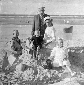 Familie am Strand