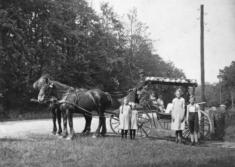 Kindheit, Kutsche, kutscher, Pferd